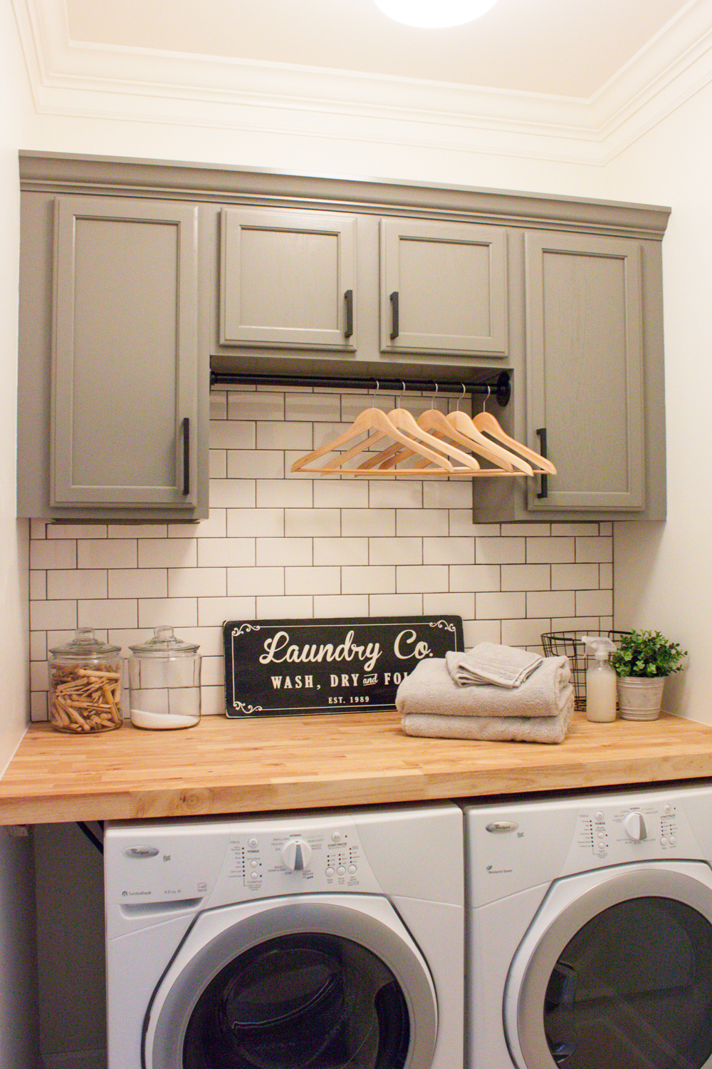 Modern Farmhouse Laundry Room Reveal Orc Week 6 Gather