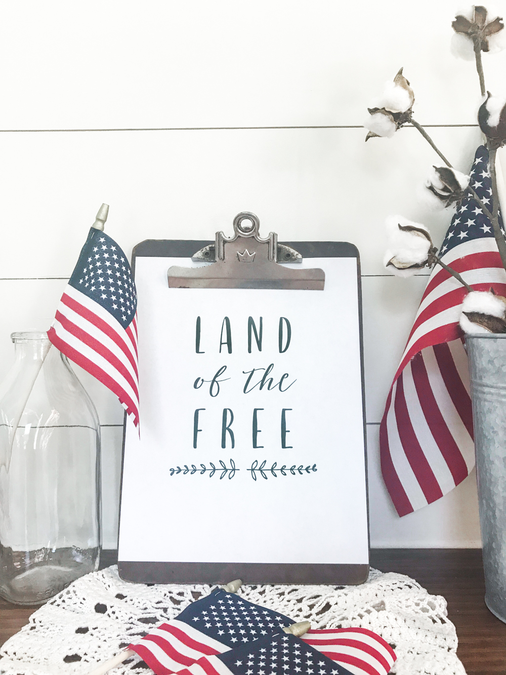 Free Land of the Free Patriotic Printable! FREE patriotic Fourth of July printable!