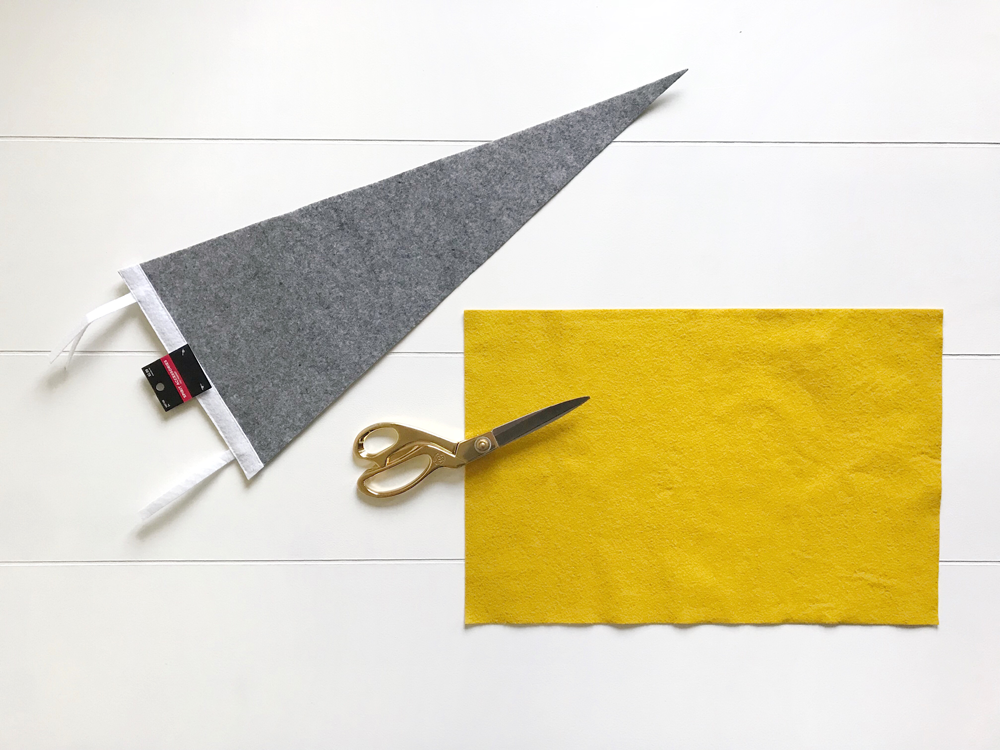 DIY Felt Pennant Flag using silhouette machine! Free SVG cut file included! DIY Felt Pennant, Pennant Flag, Vintage Pennant, Adventure Theme Bedroom, Explorer Theme Bedroom, Outdoorsy Theme Bedroom, Boys Bedroom, Vintage Theme Bedroom